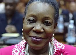 Catherine Samba-Panza tente de convaincre politiques et religieux de participer au forum de Brazzaville