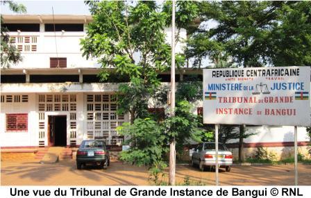 7 magistrats sanctionnés et rétrogradés