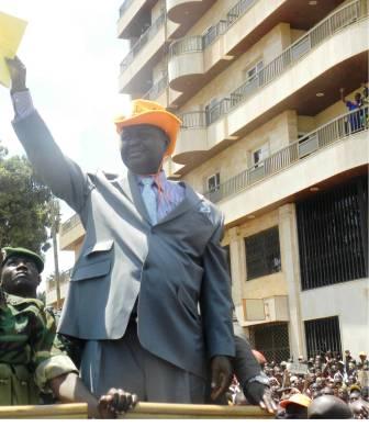 Fin du mandat présidentiel, Bozizé appelle à la paix